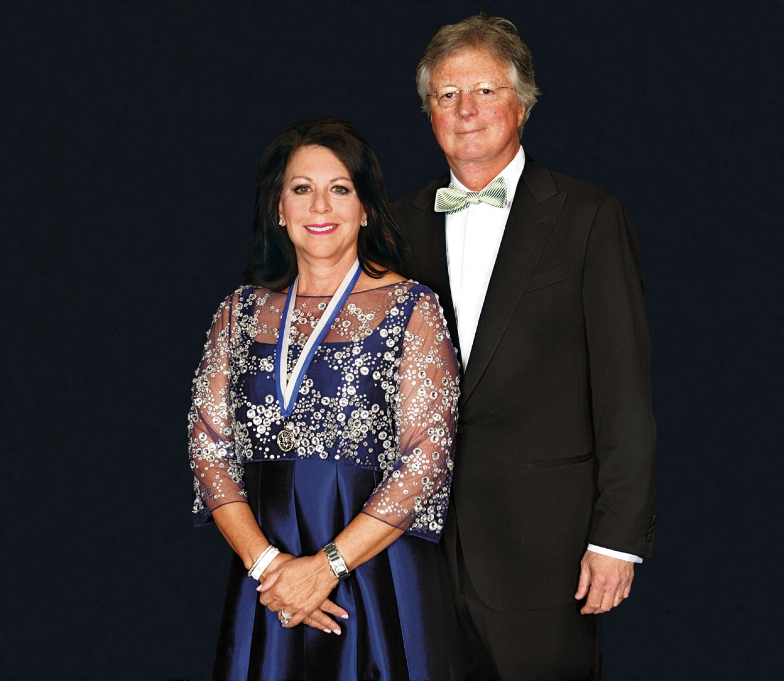 Fran Buckley (NHS'78, Parent'08, '12), accompanied by her husband Tim, received Georgetown's prestigious John Carroll Award in April 2018.