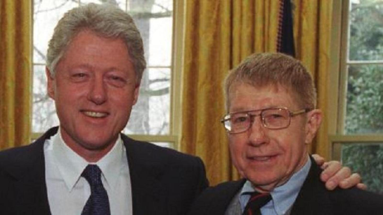 Giles and Bill Clinton