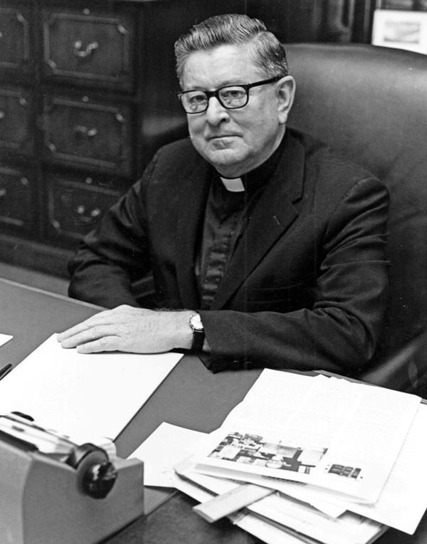 Robert Henle, S.J.